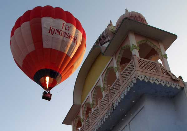 Hot Air Balloon over Pushkar