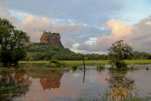 Sri-Lanka-Sigiriya-Lion-Rock(2)